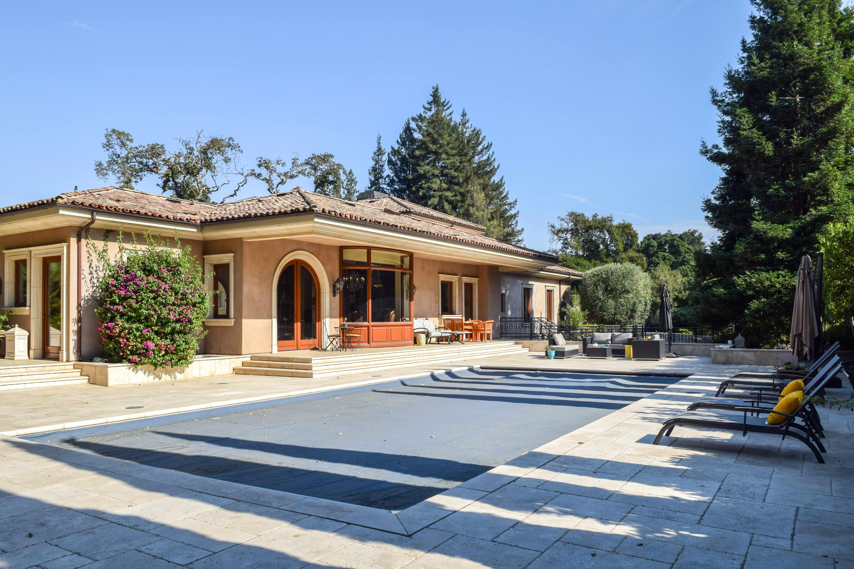 5-james-ave-pool-rental-property