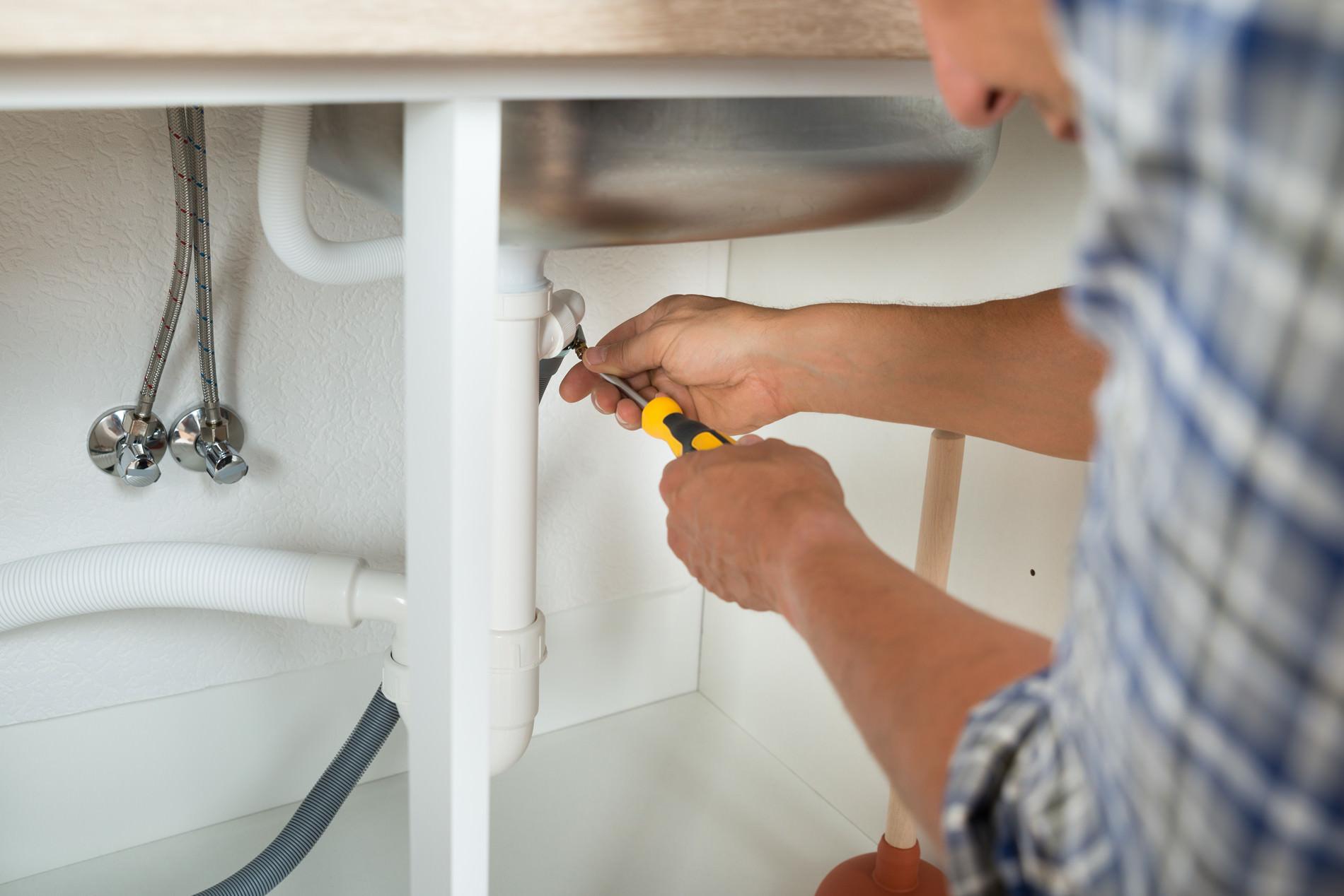 fixing pipe rental maintenance