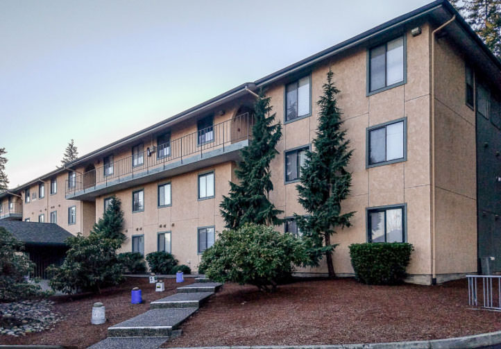 seattle 2 bedroom rental property